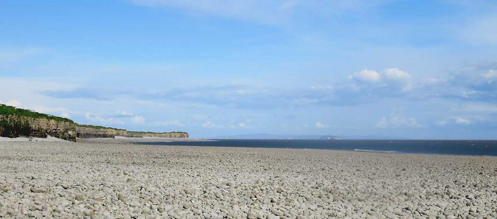 East Aberthaw Beach looking towards Fontygary, Steepholme and Weston